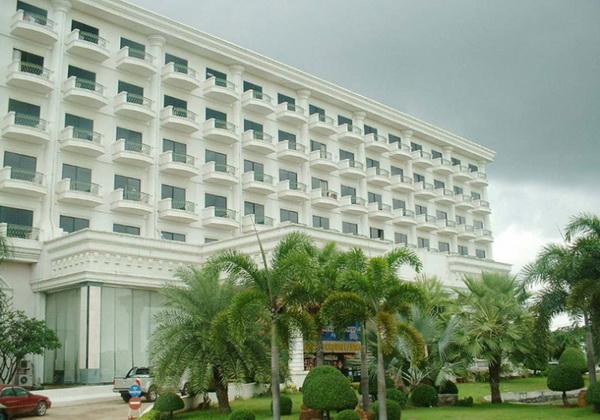 โรงแรมคราวน์คาสิโน ปอยเปต