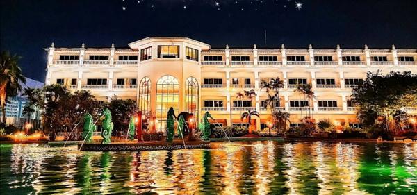 โรงแรมสตาร์เวกัส ปอยเปต