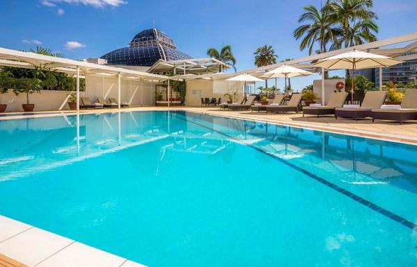 สระว่ายน้ำ The Reef Casino